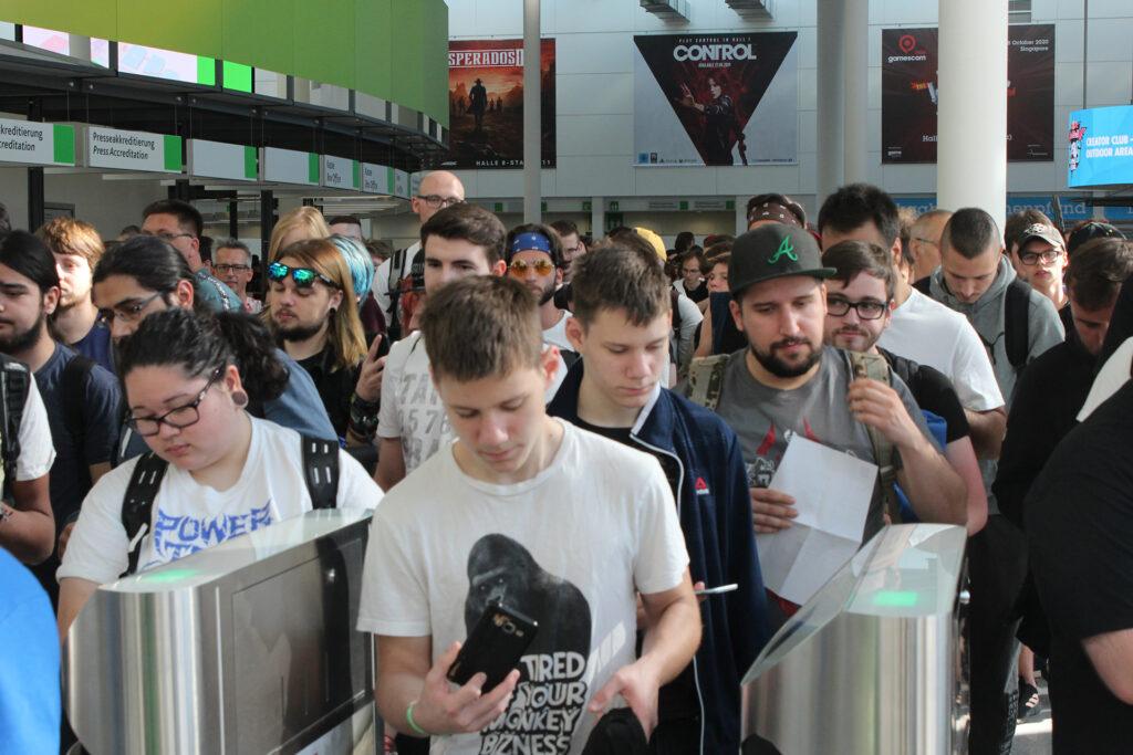 Gamescom 2019 crowd of people